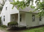 Foreclosed Home en FRAZHO RD, Warren, MI - 48089