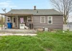 Foreclosed Home en METTER AVE, Warren, MI - 48089