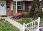 Foreclosed Home en POPODICKON DR, Boyertown, PA - 19512