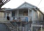 Foreclosed Home en BEACH AVE, Bronx, NY - 10473