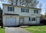 Foreclosed Home en CARROLL ST, Port Jefferson Station, NY - 11776