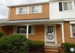 Foreclosed Home en WALFORD RD, Cleveland, OH - 44128