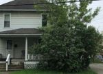 Foreclosed Home en ELM ST, Slippery Rock, PA - 16057