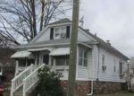 Foreclosed Home en SOUTHWICK AVE, Waterbury, CT - 06705