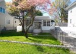 Foreclosed Home en WESTFIELD AVE, Bridgeport, CT - 06606