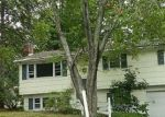 Foreclosed Home en EATON DR, Wallingford, CT - 06492