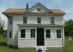 Foreclosed Home en LOCUST ST, Crisfield, MD - 21817