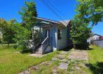 Foreclosed Home en MONROE AVE, Everett, WA - 98203