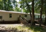 Foreclosed Home en BIRCH ISLAND RD, Wakefield, VA - 23888
