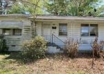 Foreclosed Home en FOX HILL RD, Hampton, VA - 23669