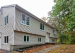 Foreclosed Home en OLD WATERBURY RD, Southbury, CT - 06488