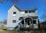 Foreclosed Home en E HALLETT ST, Hillsdale, MI - 49242