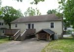 Foreclosed Home en LOUISIANA AVE, Halethorpe, MD - 21227