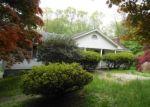 Foreclosed Home en PARTRIDGE LN, Trumbull, CT - 06611