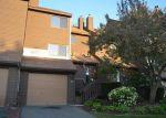 Foreclosed Home en MIX AVE, Hamden, CT - 06514