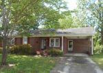 Foreclosed Home en BERNARD ST, South Boston, VA - 24592