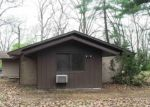 Foreclosed Home en HILLVIEW DR, Edwardsburg, MI - 49112