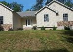 Foreclosed Home en SUGAR GROVE RD, Troy, MO - 63379