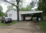Foreclosed Home en W CLIPPER ST, Kennett, MO - 63857
