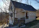 Foreclosed Home en E 8TH ST, Hermann, MO - 65041