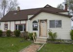 Foreclosed Home en N KINNEY AVE, Mount Pleasant, MI - 48858