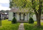 Foreclosed Home en RENFREW ST, Essex, MD - 21221