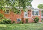 Foreclosed Home en KING GEORGE DR, Manassas, VA - 20109