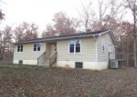 Foreclosed Home en RURITAN LAKE RD, Scottsville, VA - 24590