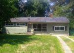 Foreclosed Home en WARREN ST, Petersburg, VA - 23805