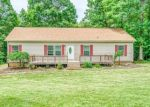 Foreclosed Home en TARRAGON WAY, Moneta, VA - 24121