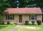 Foreclosed Home en KINGSWOOD ST, Richmond, VA - 23224
