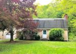 Foreclosed Home en COLEBROOK RD, Winsted, CT - 06098