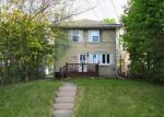 Foreclosed Home en W SAINT JOSEPH ST, Lansing, MI - 48915