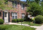 Ejecuciones Hipotecarias en Louisville, KY, 40207, Identificación: F4513029