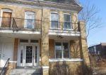 Foreclosed Home en MAPLE AVE, Saint Louis, MO - 63113