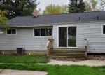 Foreclosed Home en RISEDORPH ST, Burton, MI - 48509