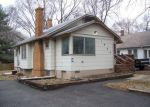 Foreclosed Home en S MAYWOOD AVE, Independence, MO - 64052