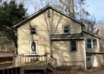 Foreclosed Home en LAKEVIEW DR, Coventry, CT - 06238