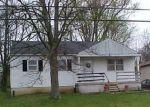 Foreclosed Home in VALLEY DR, Florence, KY - 41042