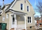 Foreclosed Home en MAPLE ST, Seymour, CT - 06483