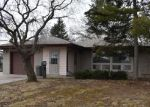 Foreclosed Home en S 88TH ST, Milwaukee, WI - 53227