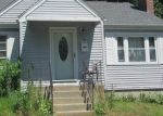 Foreclosed Home en GOLDBERG AVE, Norwich, CT - 06360