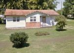 Foreclosed Home in SPRING VALLEY RD, Danville, KY - 40422