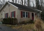 Foreclosed Home en BROWNS DR, Easton, PA - 18042