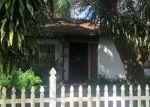 Foreclosed Home en N OAKLEAF AVE, Tampa, FL - 33612