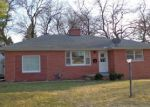 Foreclosed Home in WAYSIDE AVE, Decatur, IL - 62521