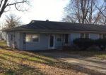 Foreclosed Home en E CORMAN ST, Decatur, IL - 62521