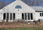 Foreclosed Home en CHEESESPRING RD, Wilton, CT - 06897