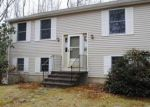 Foreclosed Home en OLD GREENWICH RD, Moosup, CT - 06354
