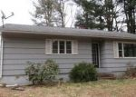 Foreclosed Home en VALLEY VIEW RD, Sterling, CT - 06377